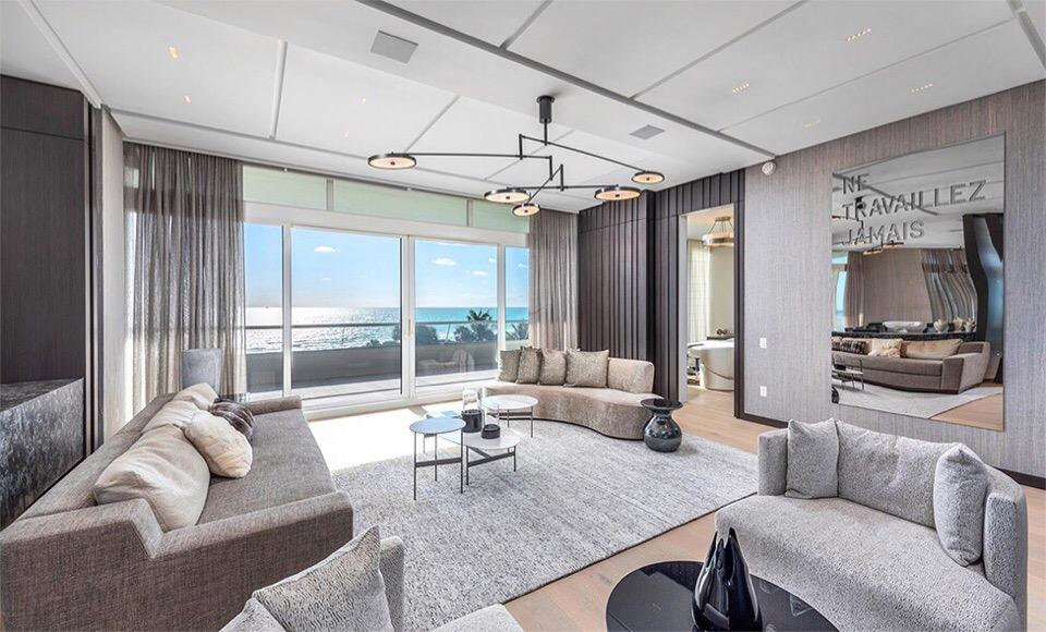 Канье Уэст подарил жене на Рождество квартиру за 15,5 млн.